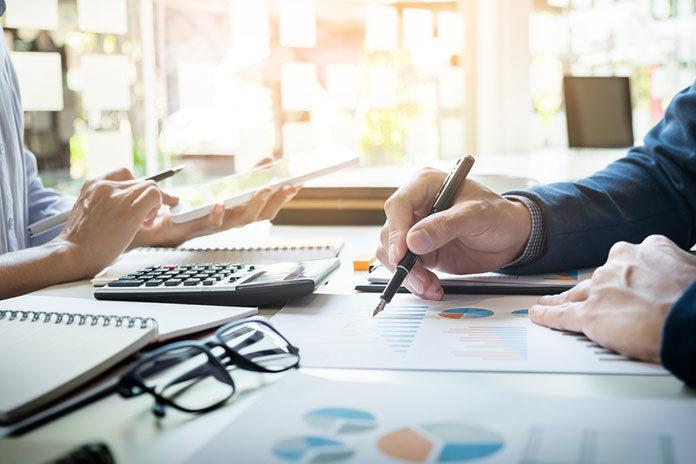 Wybierz właściwe biuro rachunkowe dla swojej firmy. Ciesz się zyskami, dzięki pomocy doradcy podatkowego!