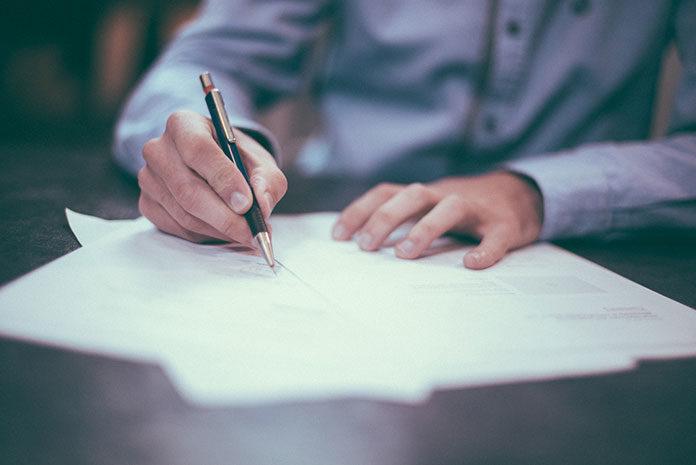 Pożyczki dla zadłużonych - czy chwilówki są opłacalne?